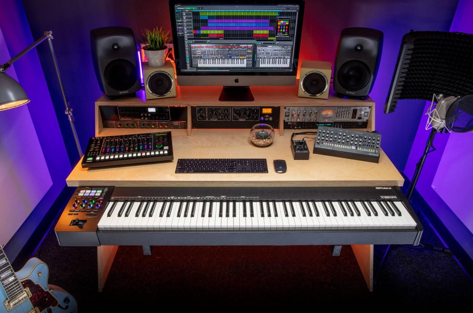"""""""兵马未动,粮草先行""""——Roland首款MIDI2.0全配重键盘A-88 MKII测评"""
