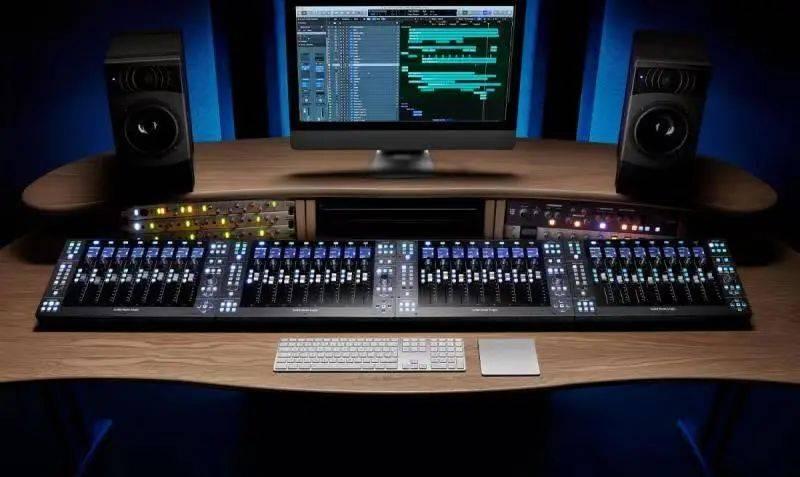 Solid State Logic推出UF8高级录音棚数字音频工作站控制器